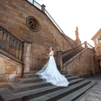 Connie & Fodo - Pre-Wedding photo shooting in Prague - Bride Portrait in Prague